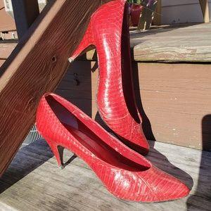 Shoes - Vintage Red Leather Snakeskin Pumps